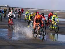 Pech houdt Johnny Hoogerland net naast podium van EK Beachrace in Duinkerken
