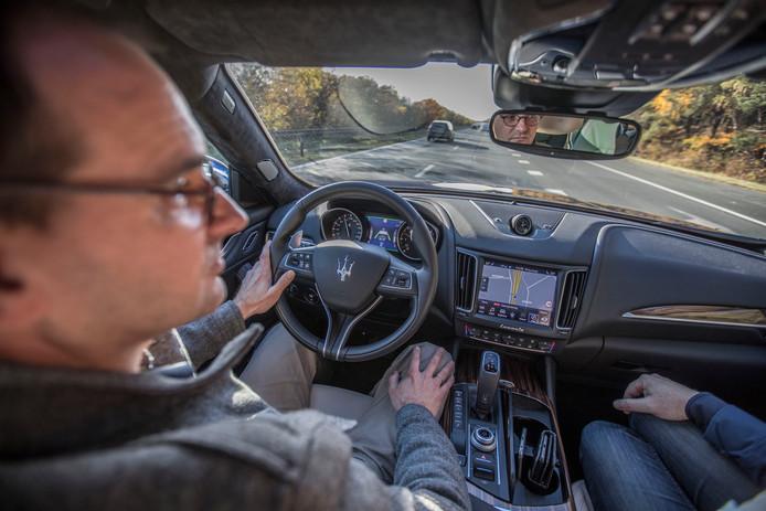 Lezers van het ED mochten donderdagmiddag een ritje maken in een Maserati.