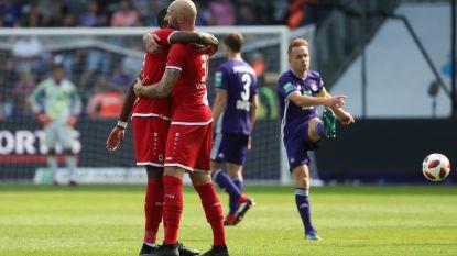 VIDEO. Anderlecht geeft in match met twee gezichten zege in blessuretijd uit handen: Owusu straft geklungel af