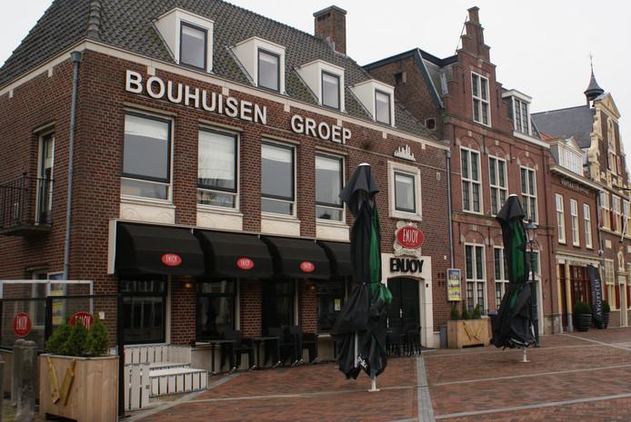Kantoor van de Bouhuisen Groep op het Wilhelminaplein in Naaldwijk