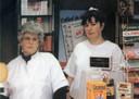 Linda met moeder Leonza begonnen in een winkeltje aan het Spaans Fort.