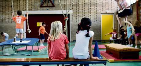 Digitaal onderwijs op de Pieter Jelles Troelstraschool na 26 zieke medewerkers