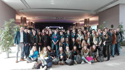 Scholieren Maris Stella bezoeken Europees Parlement