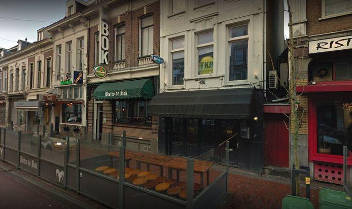 Café TweeKeerBellen in de In de Betouwstraat.