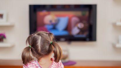 Schermtijd bij kinderen gaat de hoogte in: oogartsen waarschuwen voor risico op bijziendheid
