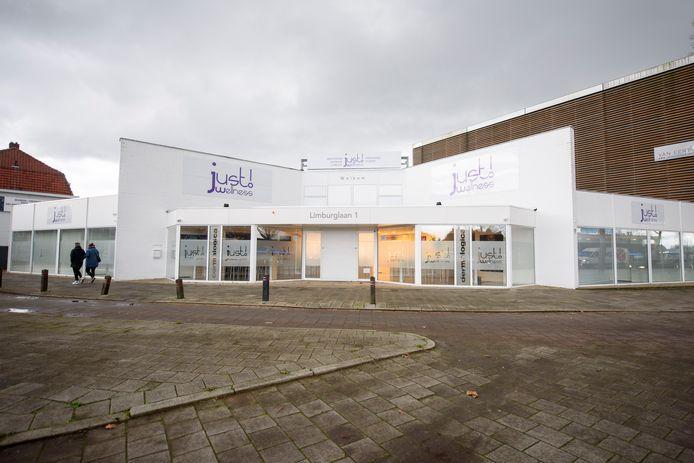 De vestiging van het failliete Just Wellness aan de Limburglaan.