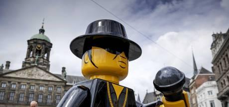 Lego-beeld André Hazes in Amsterdam al na zes dagen onthoofd