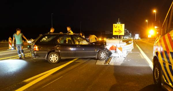 Weer gaat het mis op de A1 door werkzaamheden bij Deventer; grote verkeershinder na ongeval.