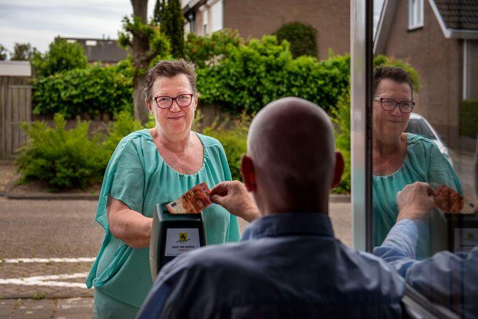 Er is geen fonds of het kan een beroep doen op Trudie Kooij-Blaak,  al jaren de ongekroonde koningin van de collectie in Zevenbergschen Hoek.