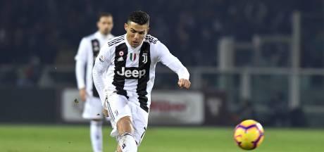Ronaldo schiet Juve vanaf 11 meter langs Torino