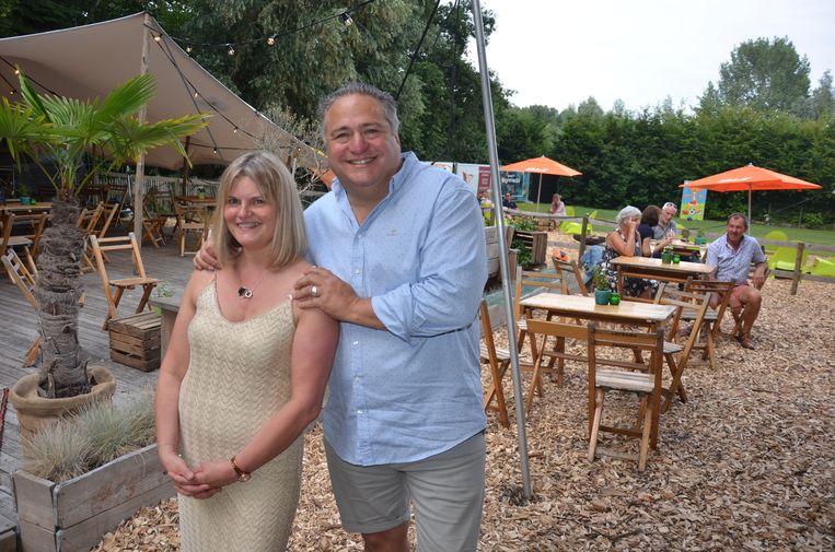 Sandra en Rudy van Art & Food Catering openden dit weekend hun pop-up Bar Wood.