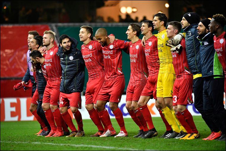 Vreugde bij Zulte Waregem na de prestigezege tegen Lazio.