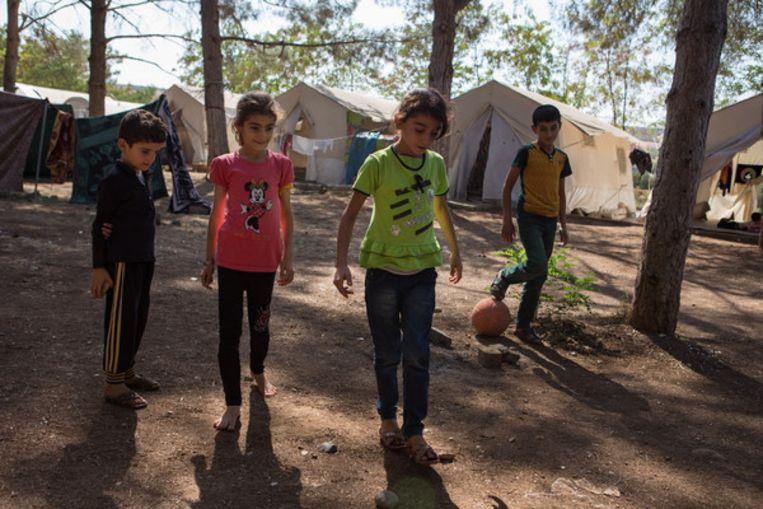Een vluchtelingenkamp in Diyarbakir.  Beeld Cigdem Yuksel.