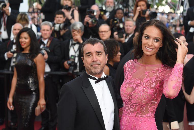 Arnaud Lagardère met het Belgische model Jade Foret.