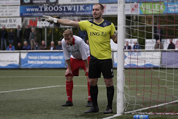 Brian Meulmeester in actie tegen Barendrecht.