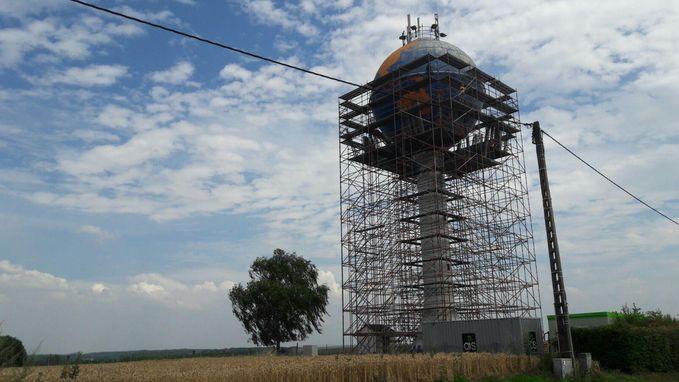 Watertoren op Bovenheide krijgt likje verf