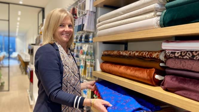 """Naaister Sandra (51) opent tweede atelier met winkel: """"Eigen kleren maken is weer in"""""""