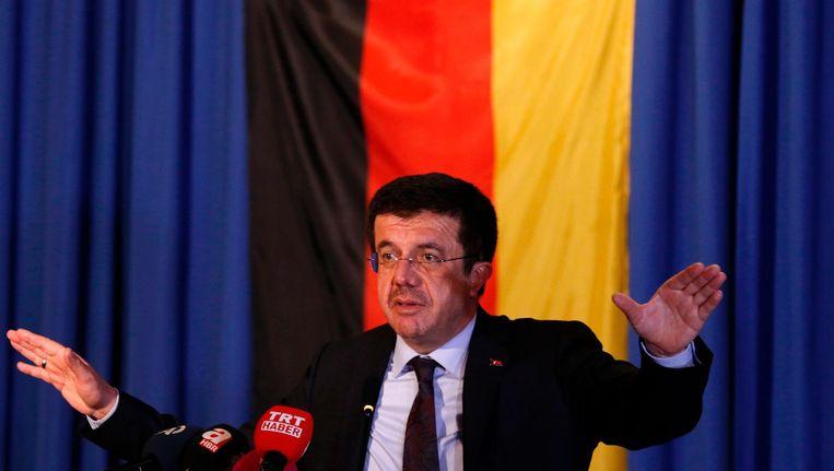 Turkse minister van Economische Zaken Nihat Zeybekci in Keulen in maart 2017 Beeld afp