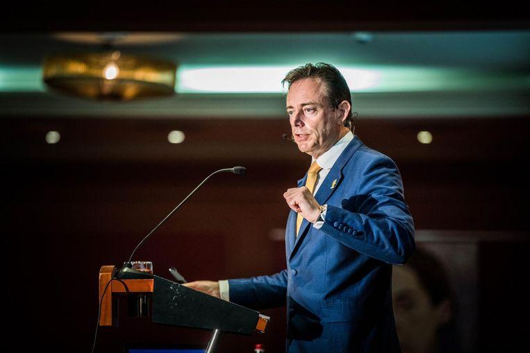 Bart De Wever blijft superpopulair, maar dat kan niet gezegd worden van partij- en stadsgenoten Liesbeth Homans en Koen Kennis die in 2012 op plaats 2 en 3 stonden.