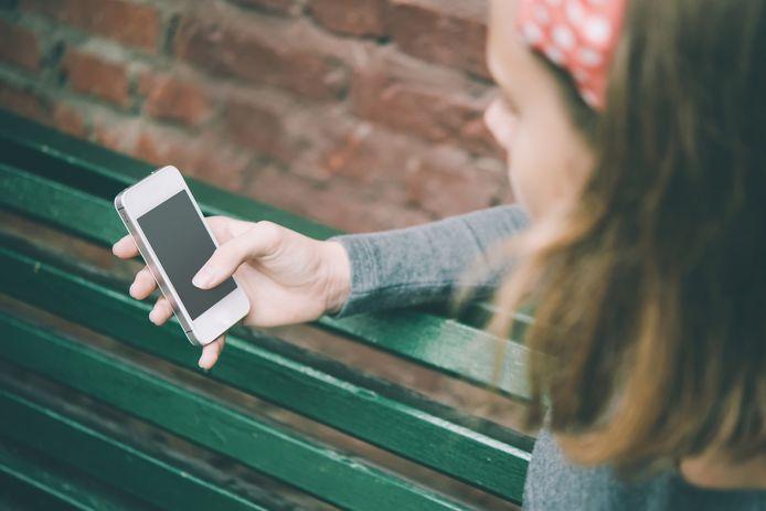 Ongeveer 200.000 jongeren in Nederland hebben een IQ onder de 85 en kampen met bovengemiddeld veel problemen bij het gebruik van social media.
