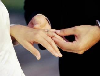 Roemeens koppel riskeert 3 jaar cel na diefstal trouwring van Leo's (91) overleden vrouw