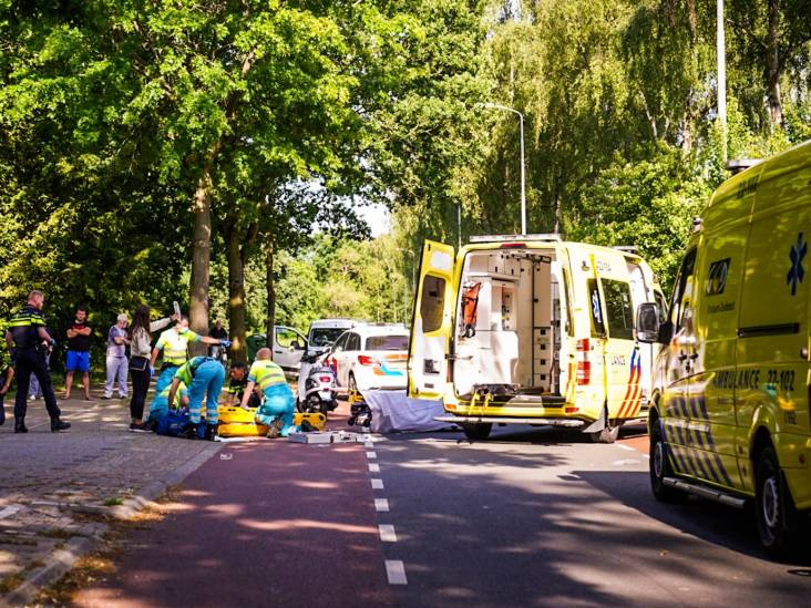 Man en vrouw op scooter gewond bij ongeval in Eindhoven