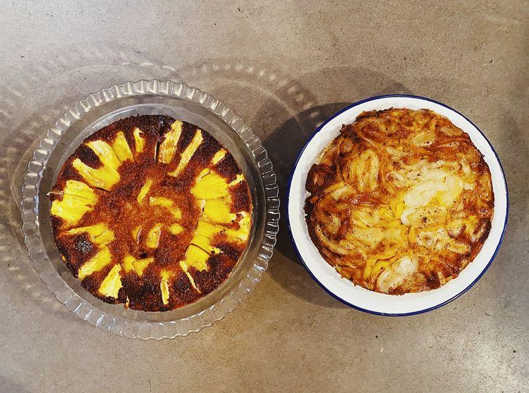 Omgekeerde cakes, een met verse en een met blikjackfruit. Beeld null