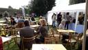 Zilte Zondag tijdens de Bossche Waterweek met terrasjes bij de Citadel in Den Bosch.