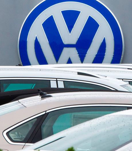 Volkswagen krijgt boete: geld voor kopers auto met sjoemelsoftware?