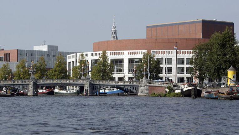 De Stopera, het gemeentehuis van Amsterdam waar tevens het muziektheater is gevestigd. ©ANP Beeld