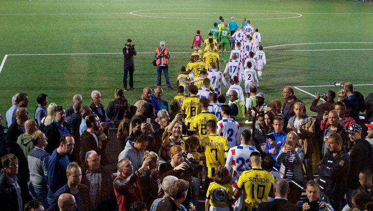 September 2016: Vitesse is voor een bekerwedstrijd op bezoek bij ASV De Dijk Beeld Olaf Kraak