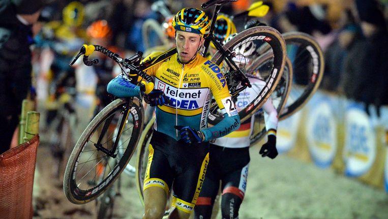 Thijs Van Amerongen beleefde nog niet veel plezier aan het crossseizoen en neemt nu verplichte rust.