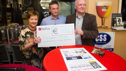 Organisatoren GP Ferdi Van Den Haute schenken cheque van 1.000 euro aan Teledienst Ninove