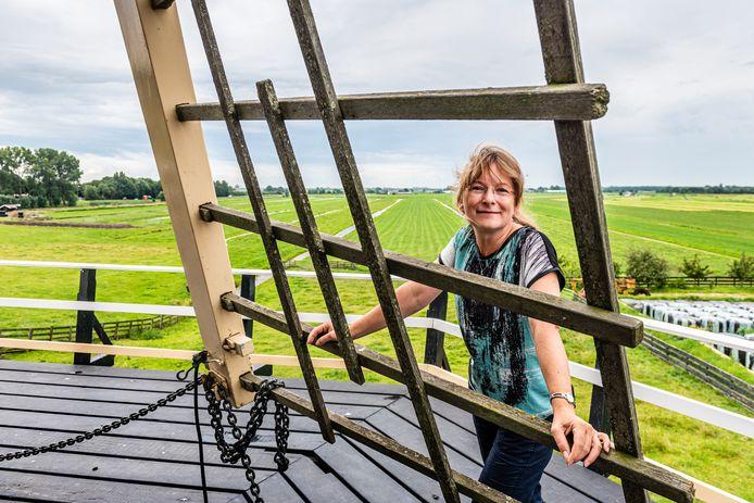 Lucie Buhlová woont in de volledig gerestaureerde molen De Morgenster in Aarlanderveen.