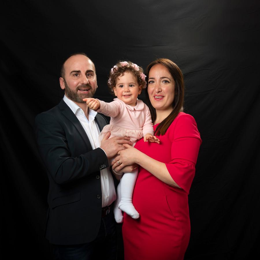 Johny Messo met zijn vrouw Teodora en hun dochter Marie-Sofie.