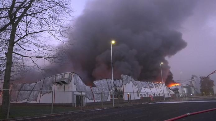 De brand bij de bakkerij in Roermond.