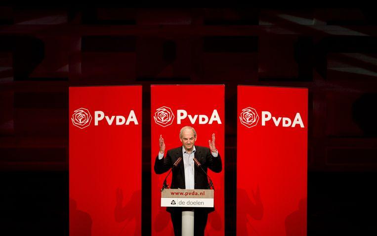 Job Cohen (op dat moment oud-partijleider) tijdens een bijzonder partijcongres in De Doelen in Amsterdam. Beeld null