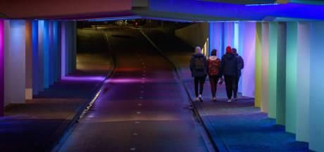 Wie zijn er na acht uur op straat en waarom? 'Ik ben net terug van het Museumplein in Amsterdam'