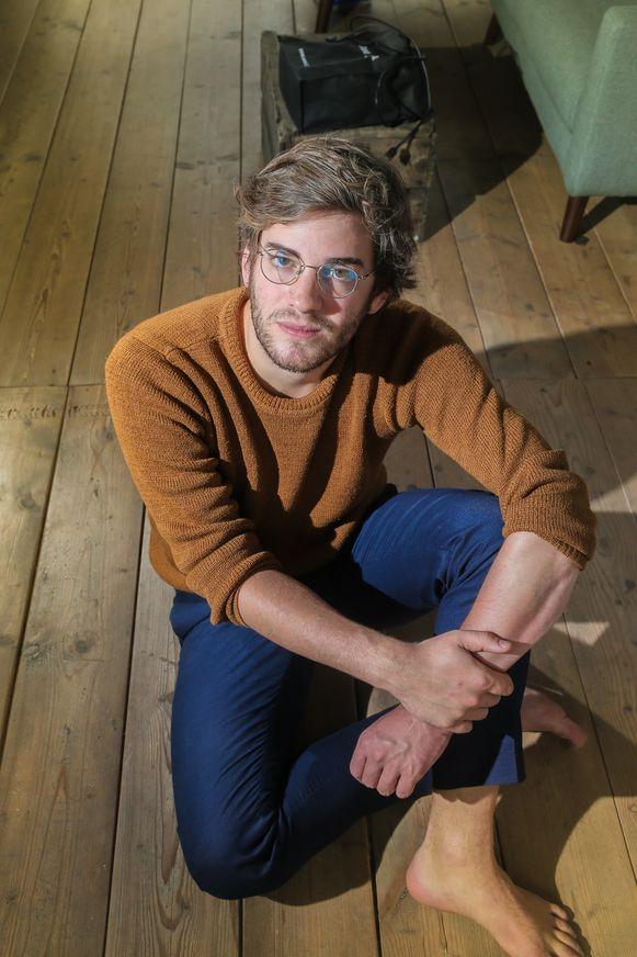 Jef Van Den Bergh werd op zijn elfde slachtoffer van een pedofiel.