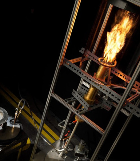 TU/e-studenten bouwen werkende installatie op ijzerstof