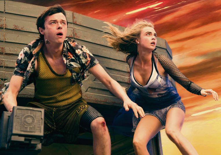 Dane DeHaan en Cara Delevingne in 'Valerian and the City of a Thousand Planets'.