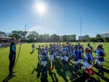 Drie dagen feest voor de jeugd: Voetbal, voetbal en nog eens voetbal bij Luctor in Almelo