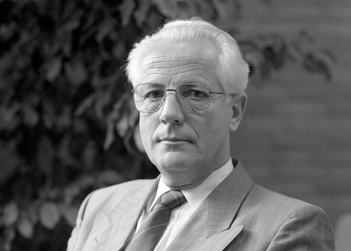 Archieffoto van burgemeester Koos Pompen van Boekel