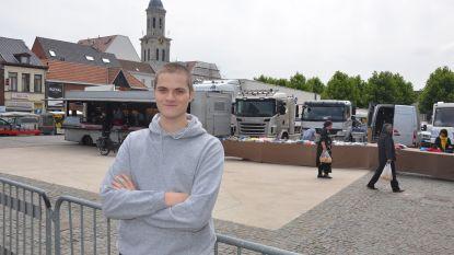 Nicolas (20) schaart 360 Lokeraars achter zich met voorstel voor gratis openbare toiletten in stadscentrum