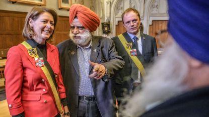 """Ieper zet Bhupinder Singh in de bloemetjes : """"Als onze stad tot in Punjab bekendstaat, is dat in eerste plaats aan hem te danken"""""""
