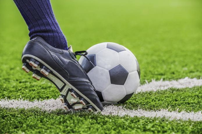 SV Real Lunet start met een eigen Voetbal Academie.