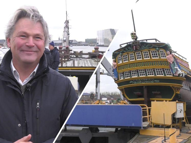 Bijzondere verscheping van VOC-schip door Amsterdam