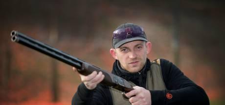Voor Blakenaar Jaap is kleiduivenschieten een bloedserieuze sport: 'Superleuk uitje'