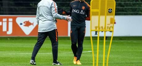 Oranje traint met Depay en Wijnaldum