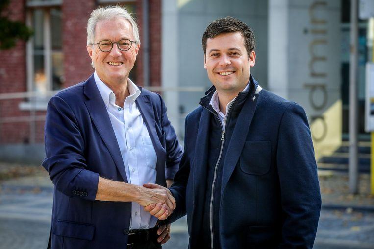 Burgemeester Jan Bekaert (WIT, links) en eerste schepen Lieven Cobbaert (Liberaal 2018).